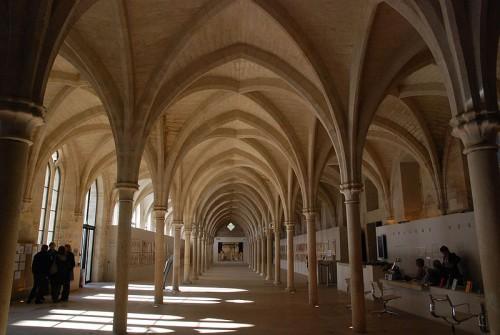800px-College_des_Bernardins.jpg